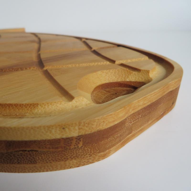 Planche à découper ergonomique en bois @bonjourbibiche