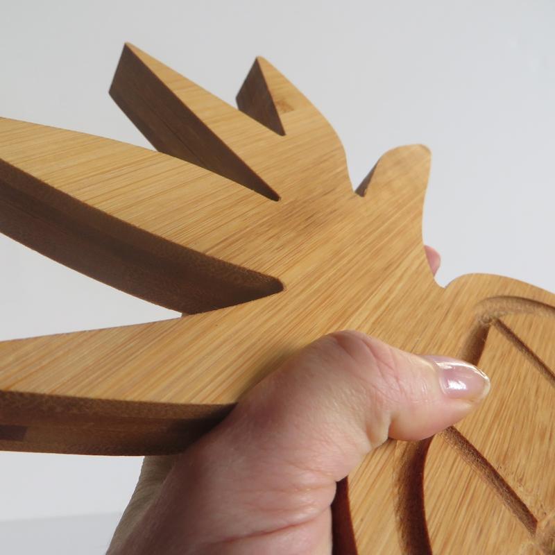 Planche à découper ergonomique en forme d'ananas @bonjourbibiche