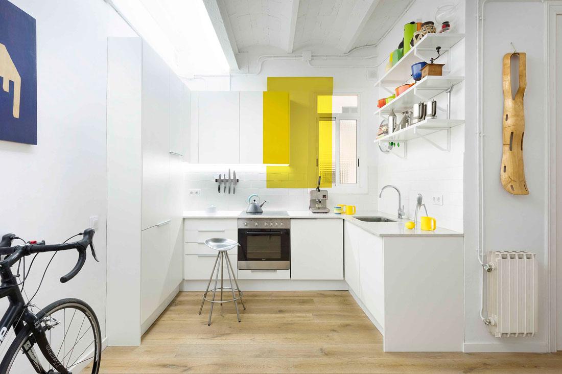 Mur cuisine jaune