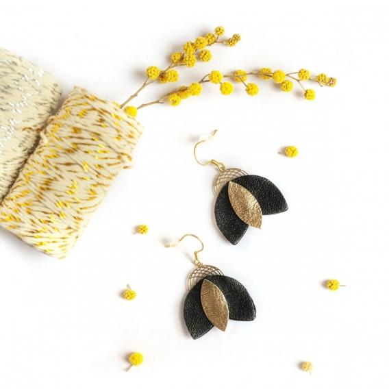 Boucles d'oreilles noires et dorées @bonjourbibiche