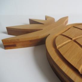 """Planche à découper ergonomique design """"Ananas"""" by Overion, copyright @bonjourbibiche"""