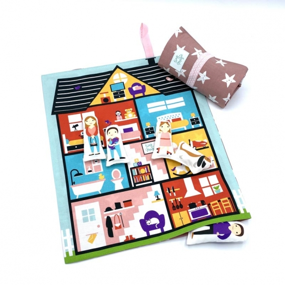 Maison de poupée en tissu @bonjourbibiche