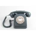 Téléphone cadran rotatif