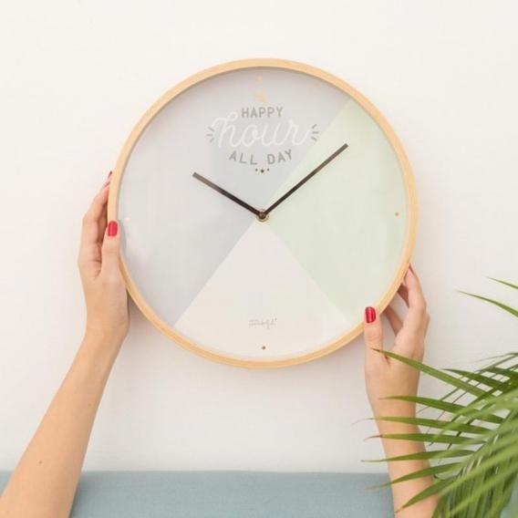 Horloge couleur @bonjourbibiche