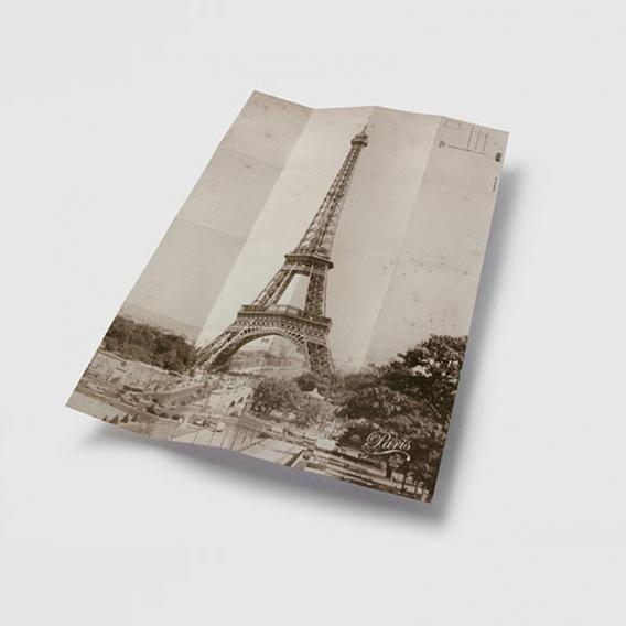 Carte postale de la tour Eiffel @bonjourbibiche