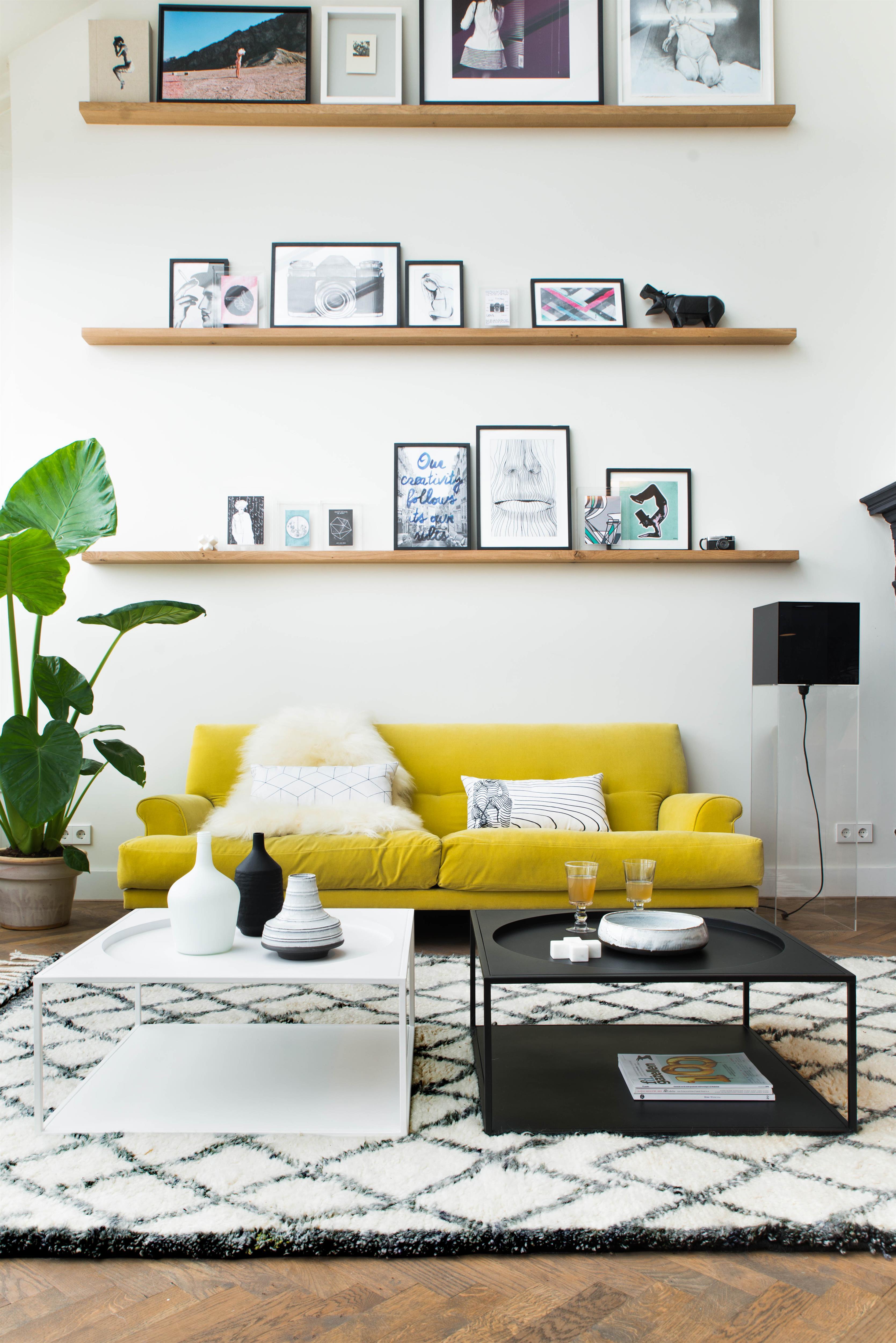 mon salon jaune. Black Bedroom Furniture Sets. Home Design Ideas