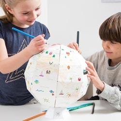 globe en papier à dessiner