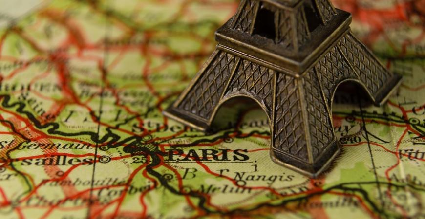 12 cadeaux typiquement parisiens