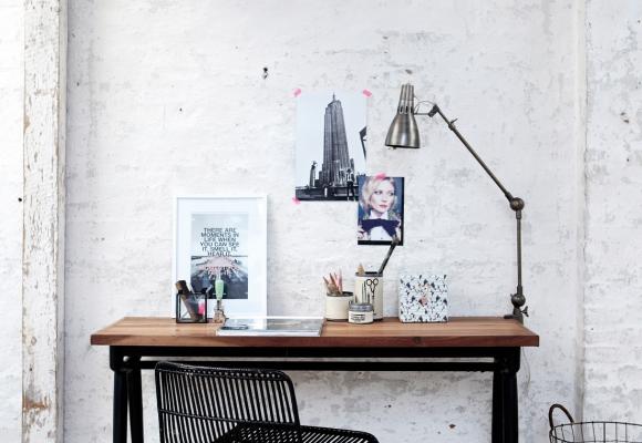 +10 idées déco pour aménager un coin bureau dans un petit salon