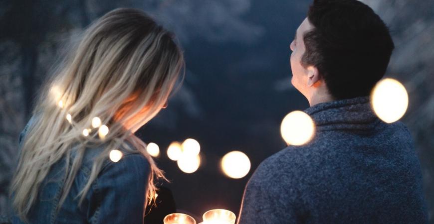 Noces de cire : 10 idées cadeaux pour vos 4 ans de mariage