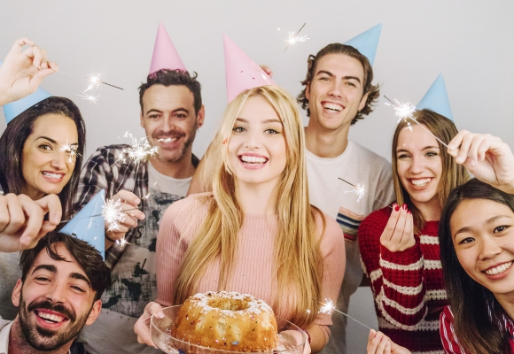 Quel cadeau offrir pour les 18 ans d'une fille ?