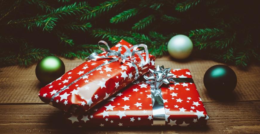 Etude Noël 2015 : Les Français prévoient d'acheter 9 cadeaux